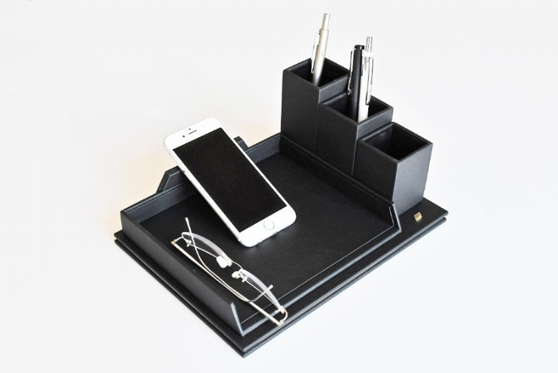 263111-LEATHER , PHONE AND GLASSES HOLDER