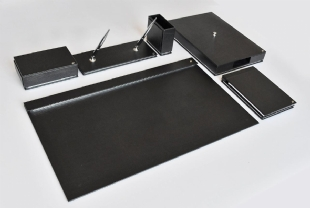 LEATHER DESKSET WHITE GOLD