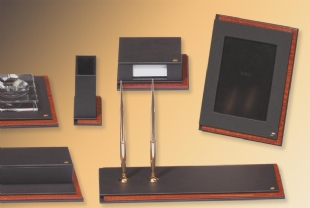 MASTER Luxury Leather Desk set