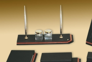 LEATHER AND WOOD DESKSET BRANO