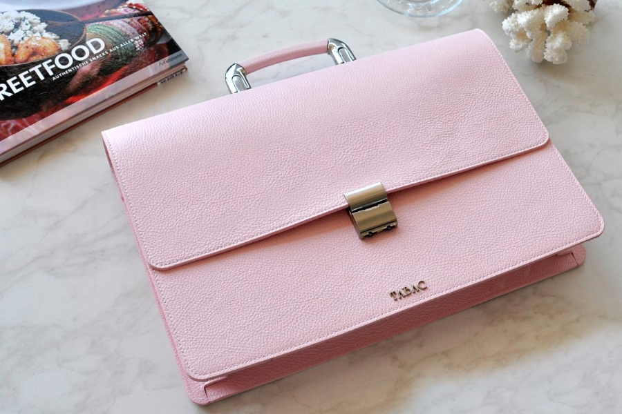 25105 - LEATHER BRIEFCASE- PINK