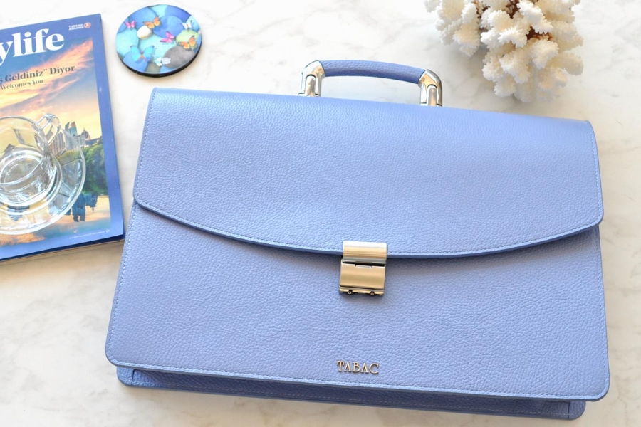 25209 - LEATHER BRIEFCASE- PURPLISH BLUE