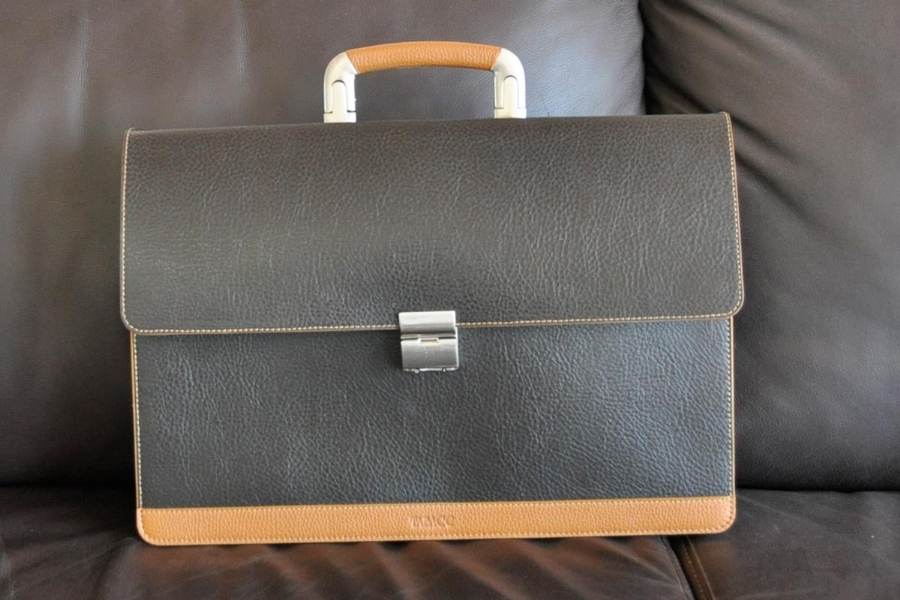27316 - LEATHER BRIEFCASE