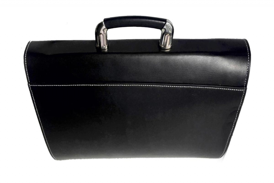 21018 - LEATHER BRIEFCASE