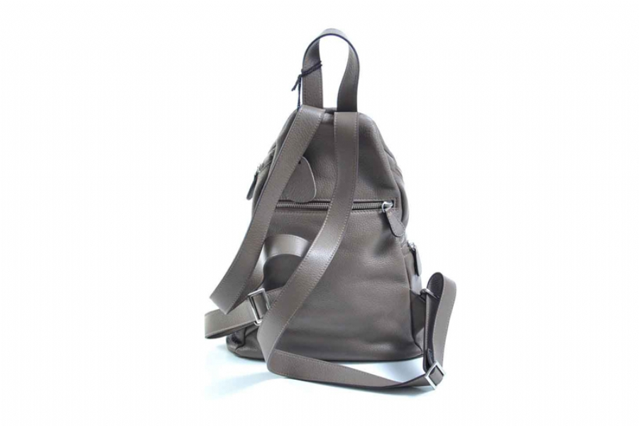 30326 - LEATHER BACKPACK